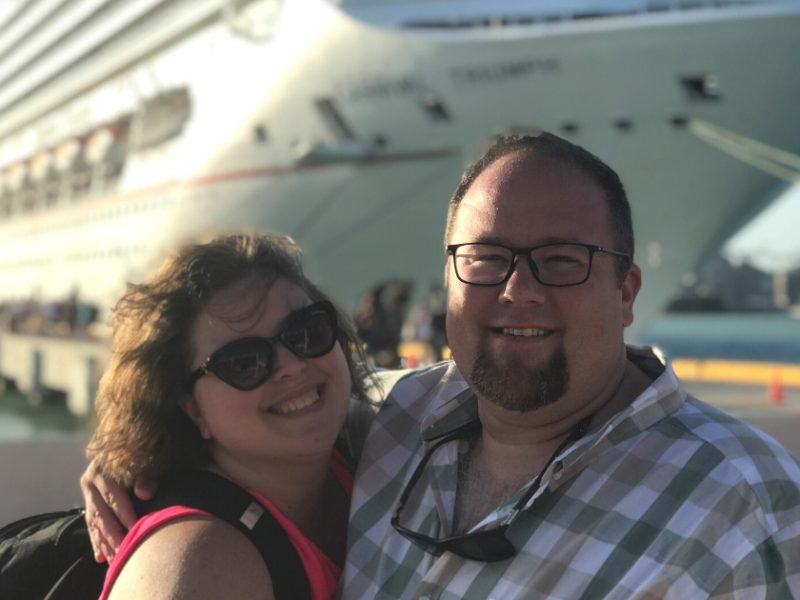 plus size couple going on a cruise